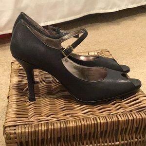 Shoes - N. Y. L. A.